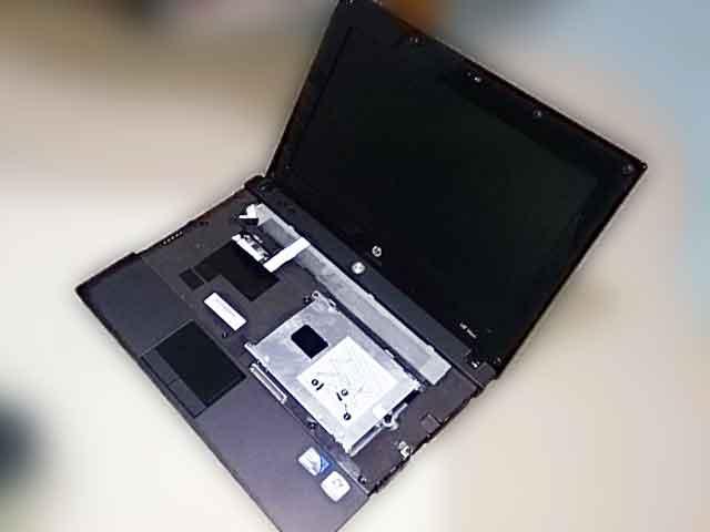ノートパソコンの故障画像