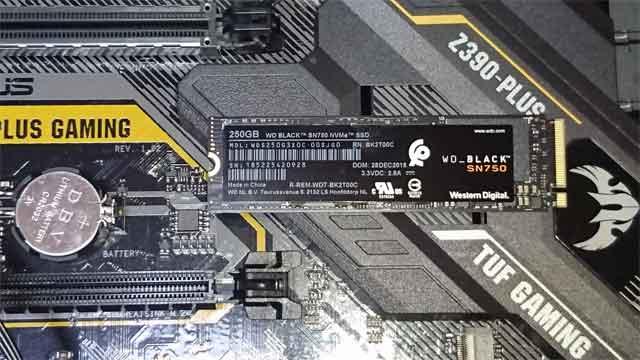 パソコン高速化 SSD交換ならお任せください。